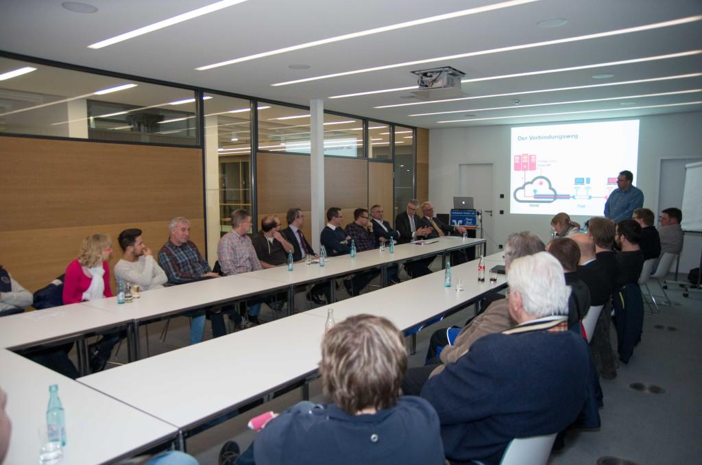 Besucher der Veranstaltung und 'Spender' der Freifunk-Router