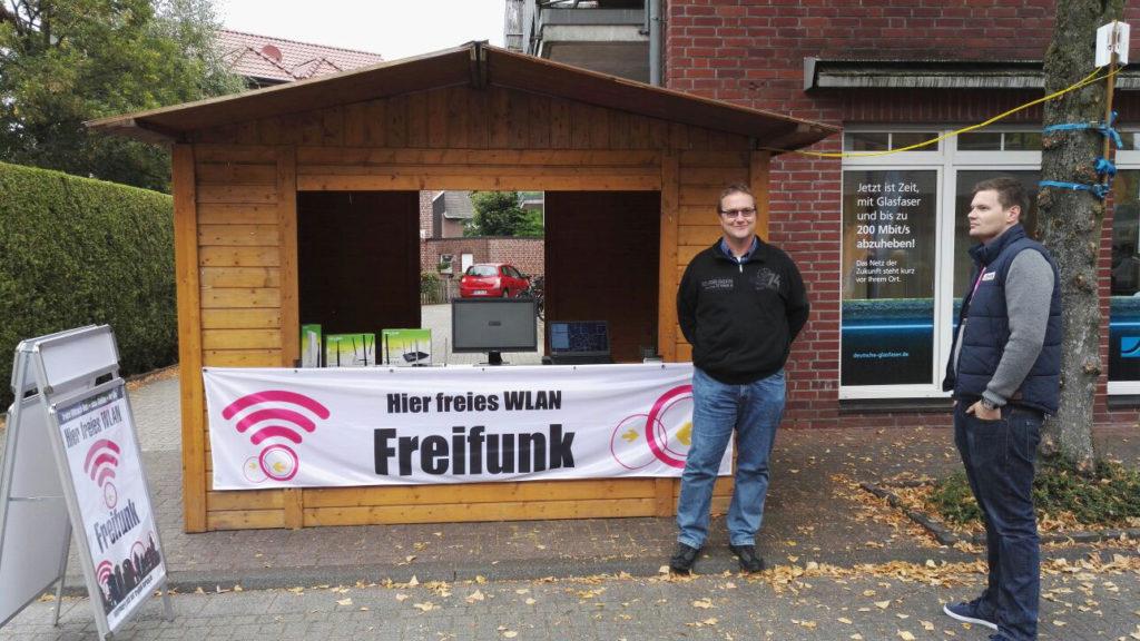 Info-Stand auf dem Sippelmarkt in Weseke